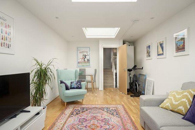 Thumbnail Flat to rent in Merton Road, Wandsworth