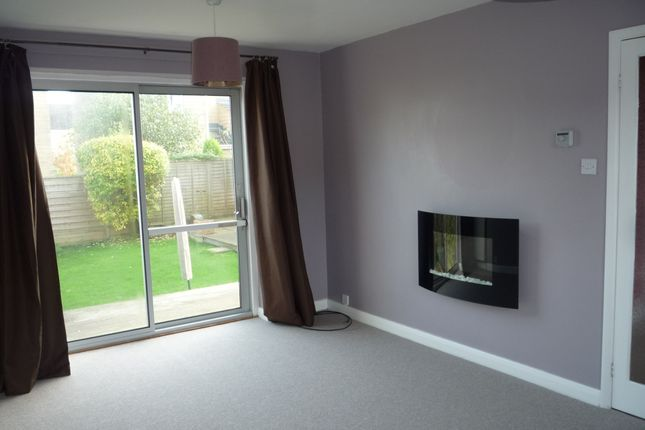 Through Lounge of Stephen Lane, Grenoside, Sheffield. S35