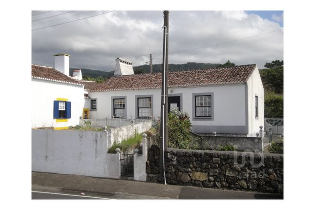 Detached house for sale in Biscoitos, Biscoitos, Praia Da Vitória