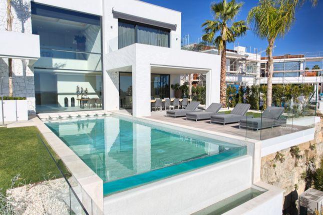 Thumbnail Villa for sale in La Alqueria, Benahavis, Malaga, Spain