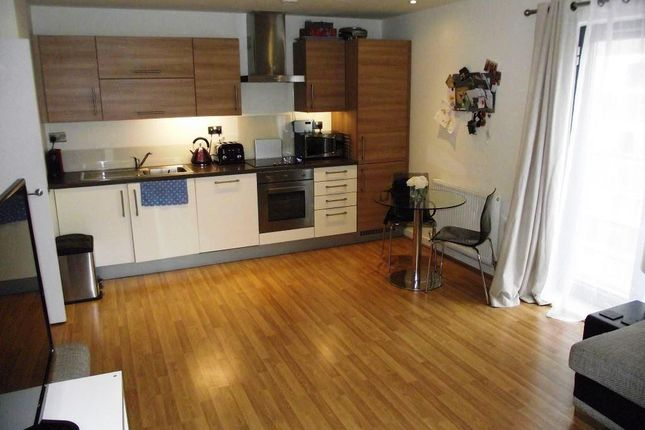1 bed flat to rent in Rushton Walk, London E3