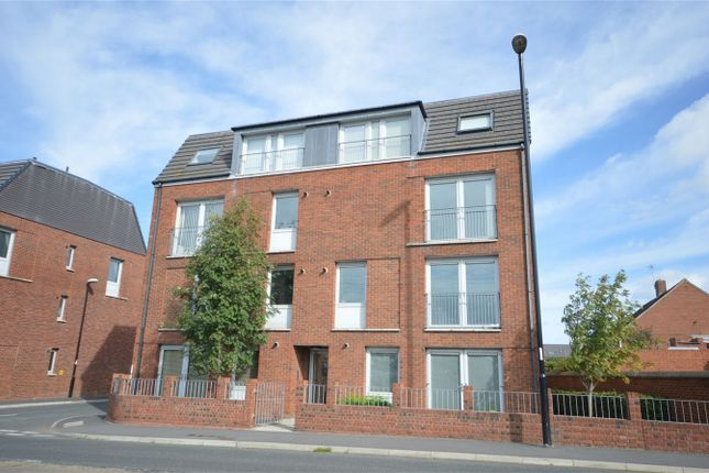 Thumbnail Flat to rent in Belstone Court, Silksworth, Sunderland, Tyne And Wear