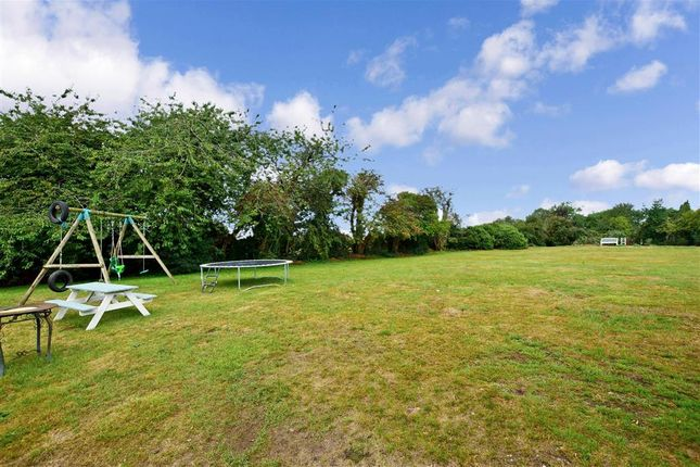 Communal Gardens of Heath Road, Langley, Maidstone, Kent ME17