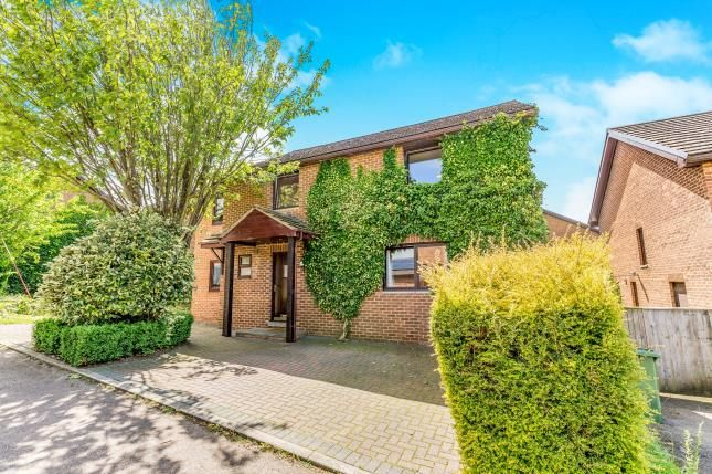 Thumbnail Detached house for sale in Tudor Way, Brackley, Northants, Northamptonshire