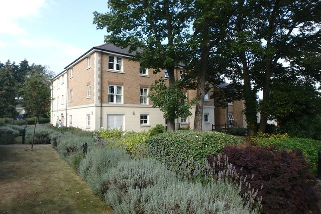 1 bed flat for sale in Glen View, Gravesend