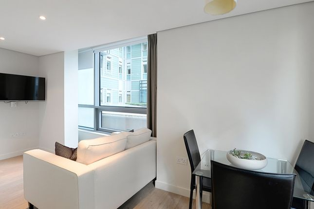 Thumbnail Flat to rent in Merchant Square, 5 Harbet Road, Paddington