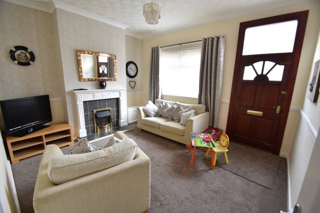 Thumbnail Terraced house to rent in Ridgefield Street, Castleford