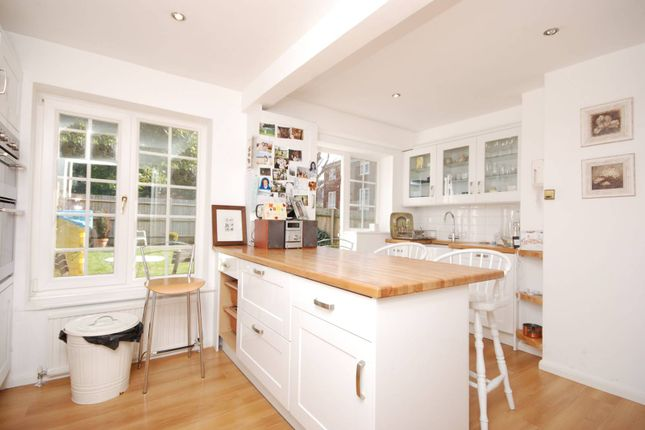 Thumbnail Property for sale in Cumberland Close, Wimbledon Village