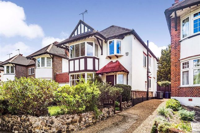 4 bed link-detached house for sale in High Road, London N20
