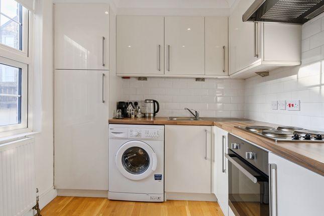 Kitchen of Danbury Street, London N1