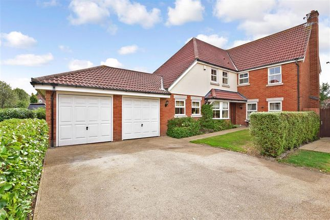 Thumbnail Detached house for sale in Golding Close, Rochester, Kent