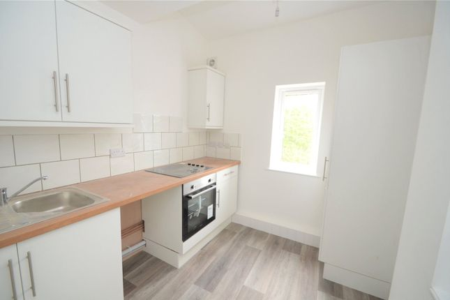 Thumbnail Flat to rent in Lloyds House, 5 Fore Street, Cullompton, Devon
