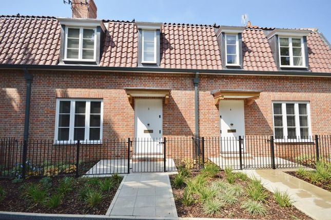 Thumbnail Semi-detached house to rent in Maltings Way, Beaconsfield