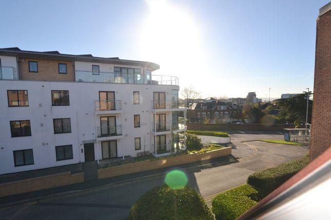 Thumbnail Flat for sale in Seldown Road, Poole