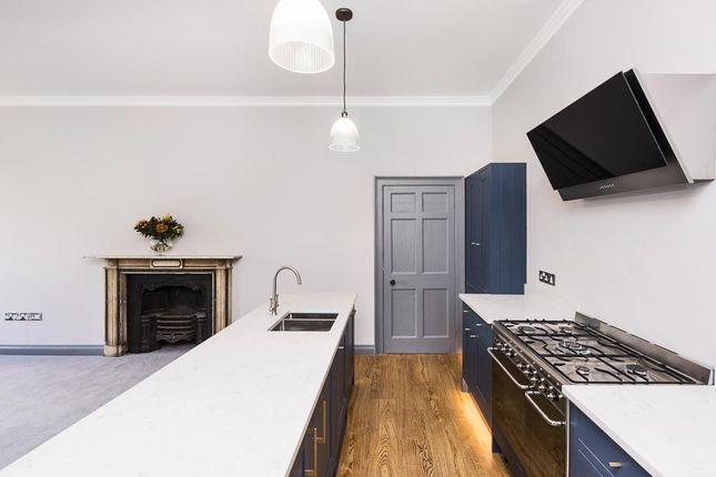 2nd Floor Flat, 23 Green Park, Bath, Ba1 1Jb-4