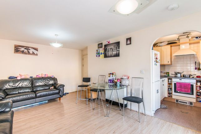 Flat for sale in White Star Place, Southampton