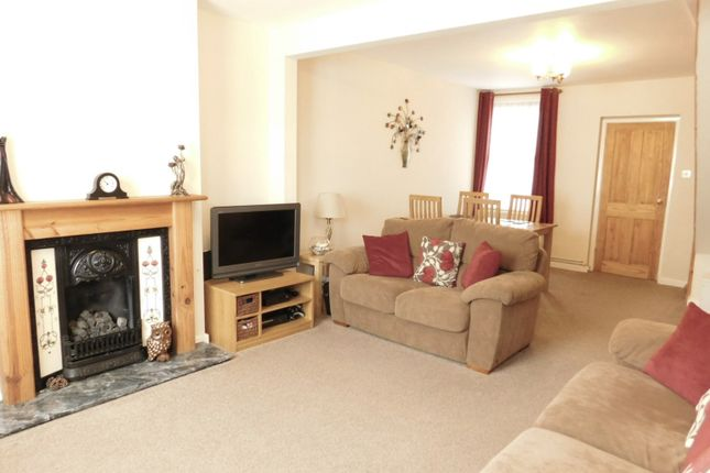 Thumbnail Terraced house for sale in Hitchin Road, Arlesey, Beds
