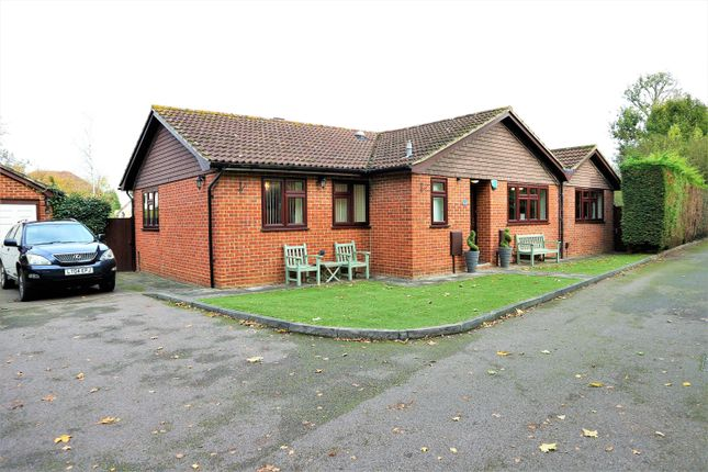 Thumbnail Detached bungalow for sale in Oakwood Drive, Bexleyheath, Kent