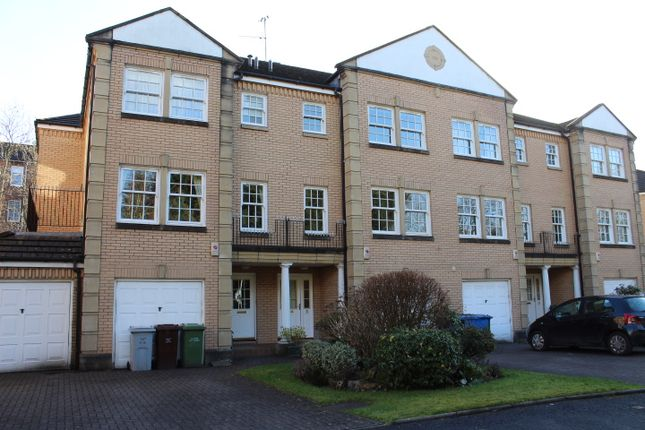 Thumbnail Town house to rent in Hughenden Gardens, Hyndland