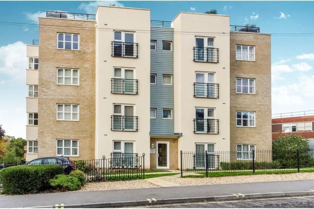 Thumbnail Flat for sale in Coxford, Southampton, Hampshire