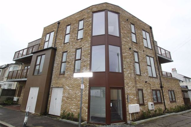Thumbnail Flat to rent in Burdett Road, Southend On Sea, Essex