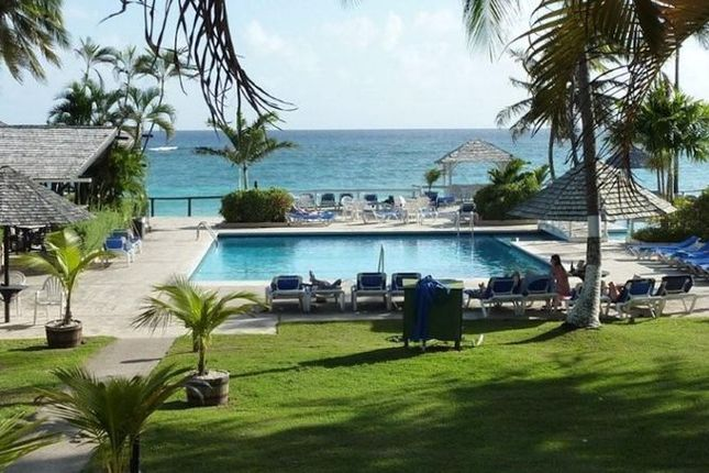 Thumbnail Hotel/guest house for sale in Silver Sands Hotel, Christ Church, Barbados