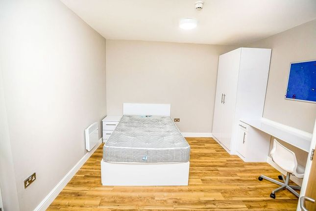 5 bed shared accommodation to rent in Grosvenor Street, Chester CH1