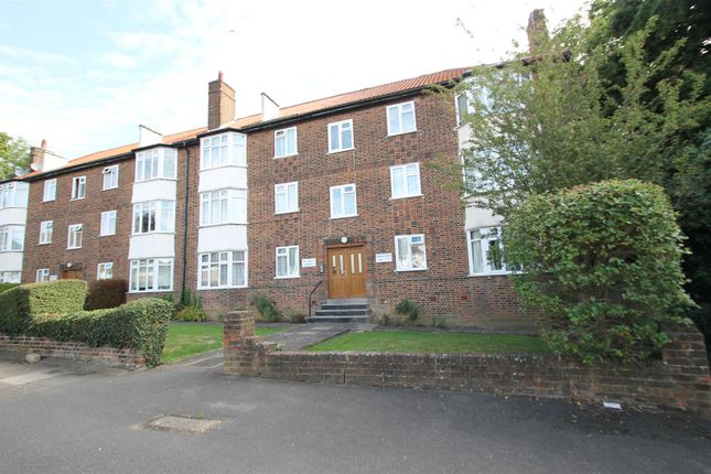 Thumbnail Flat for sale in Brook Avenue, Edgware