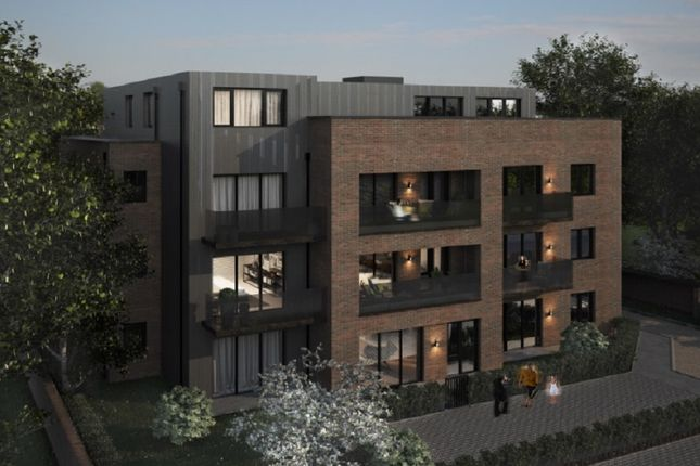 Thumbnail Flat for sale in Cheam Road, Ewell, Epsom