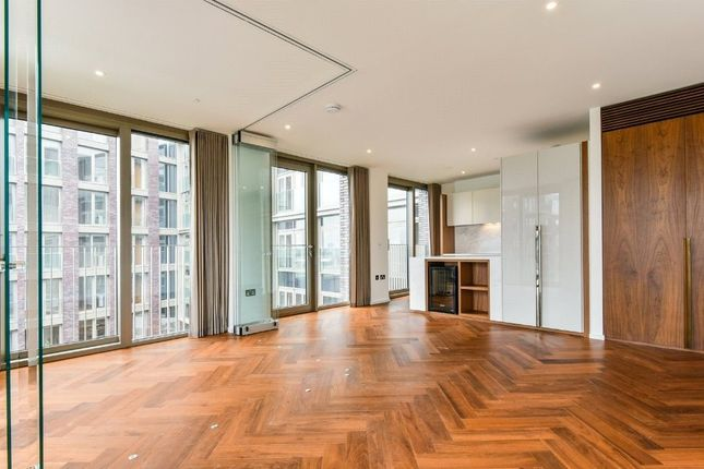 1 bed flat to rent in Nine Elms Lane, London