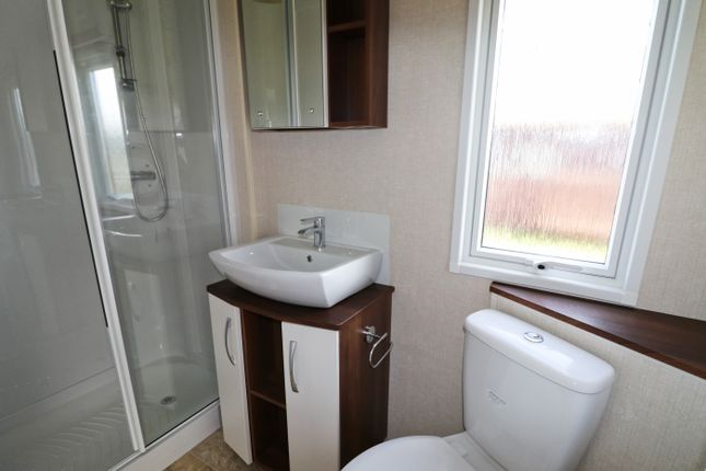 Shower Room of Atlantic Bays, St Merryn PL28