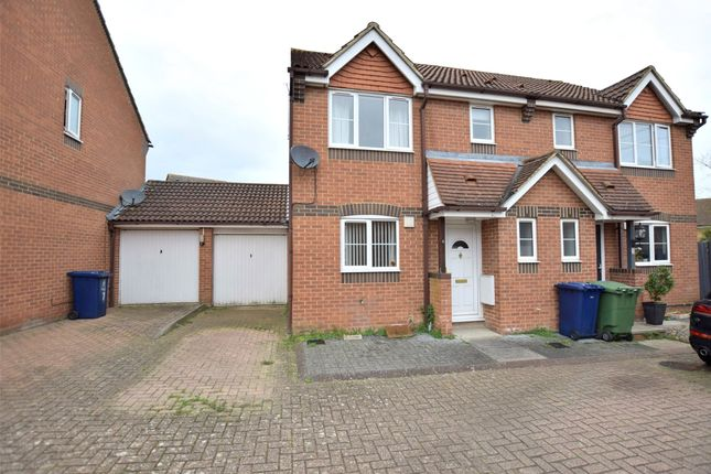 3 bed semi-detached house for sale in Swallow Close, Oxford OX4