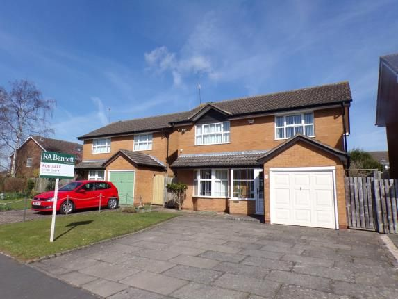 Thumbnail Detached house for sale in St. Andrews Crescent, Stratford-Upon-Avon
