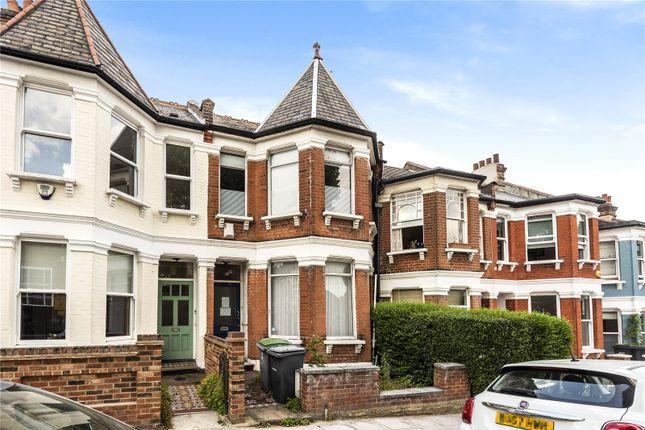 3 bed flat for sale in Pemberton Road, London N4