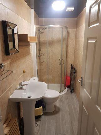 Bathroom of Abel Street, Burnley BB10