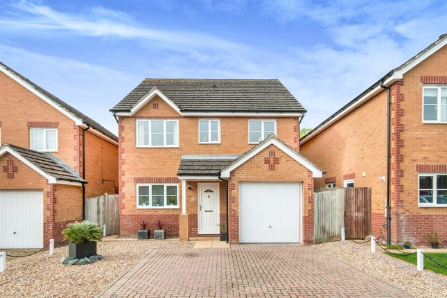 Thumbnail Detached house for sale in The Thatchings, Polegate