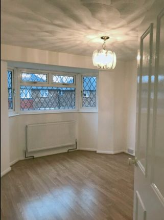 Thumbnail Flat to rent in New Close, Feltham, London