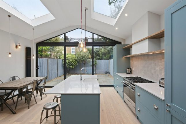 Thumbnail Terraced house to rent in Deans Road, London