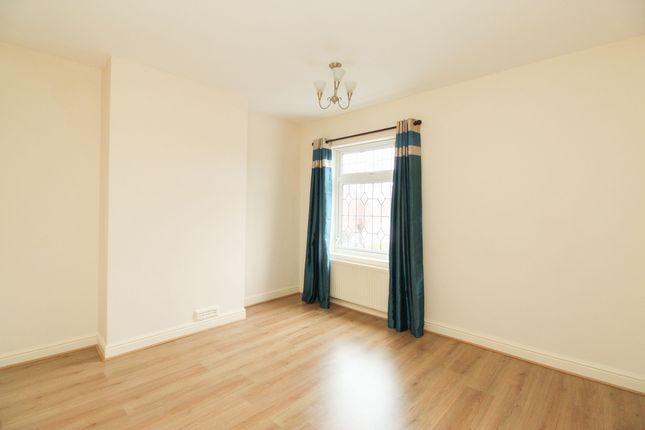 Bedroom 1 of Warner Street, Hasland, Chesterfield S41