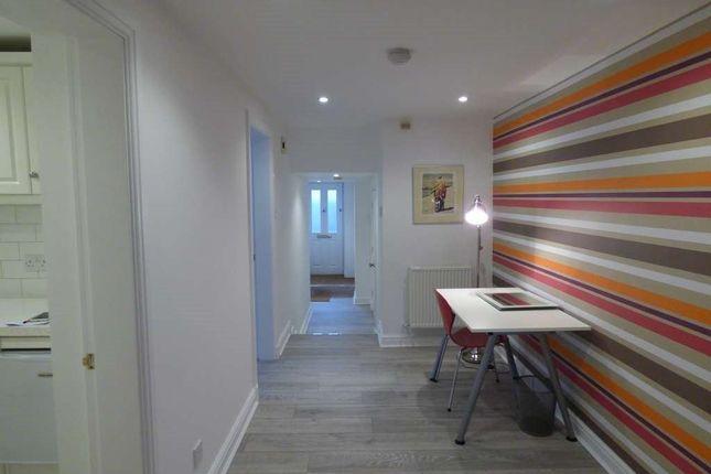 Thumbnail Flat to rent in 39B Heyes La, A/E