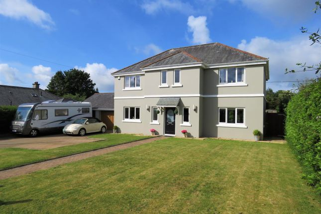 Thumbnail Detached house for sale in Eastella Road, Yelverton