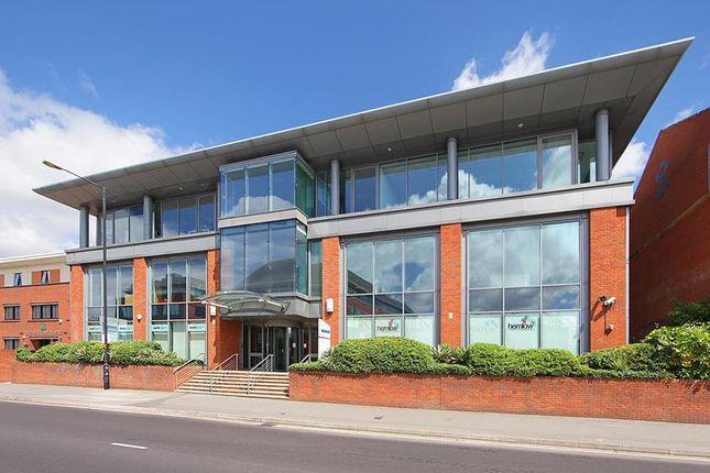 Thumbnail Office to let in Aquasulis, 10 - 14 Bath Road, Slough, Berkshire