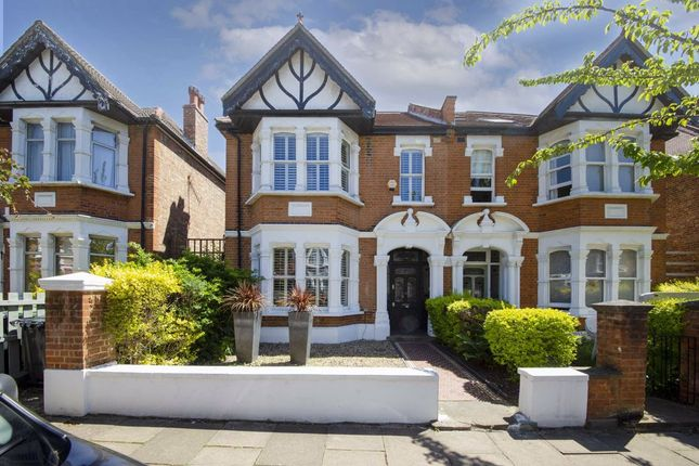 Thumbnail Property to rent in Goldsmith Avenue, London