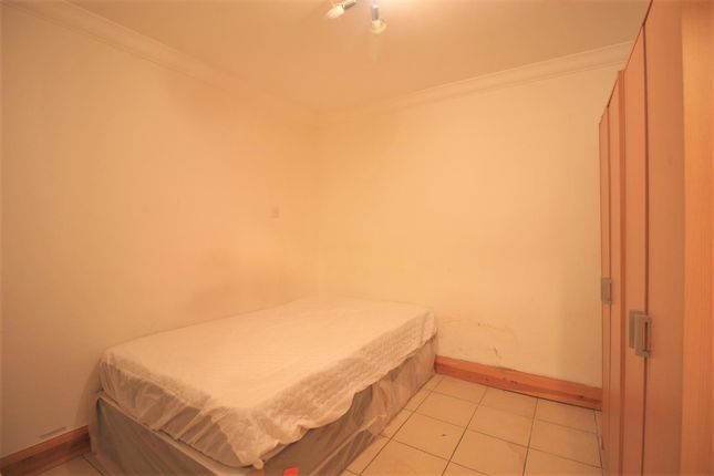 Bedroom of Whittle Road, Heston TW5