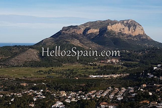 Villa for sale in La Sella Golf Resort, Alicante, Spain