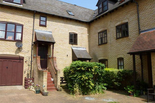 1 bed flat to rent in Lion Yard, High Street, Ramsey, Huntingdon PE26