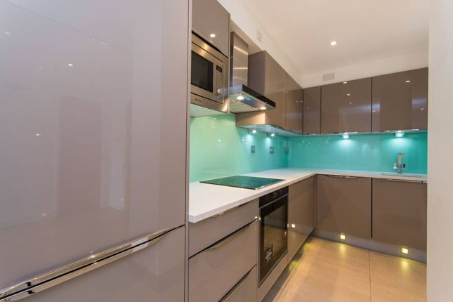 Thumbnail Flat for sale in Belvedere Road, South Bank