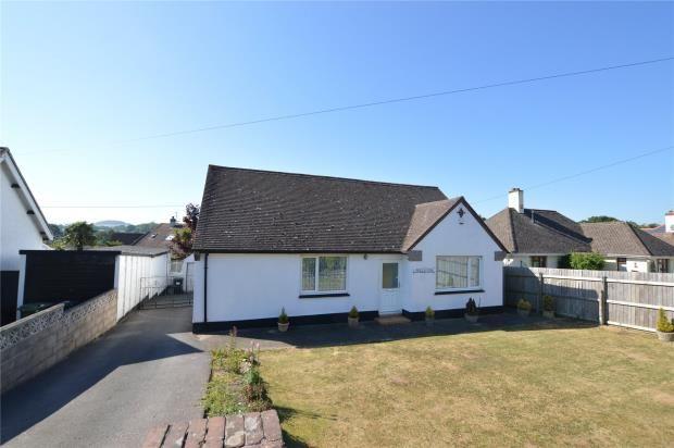 Thumbnail Detached bungalow for sale in Totnes Road, Ipplepen, Newton Abbot, Devon