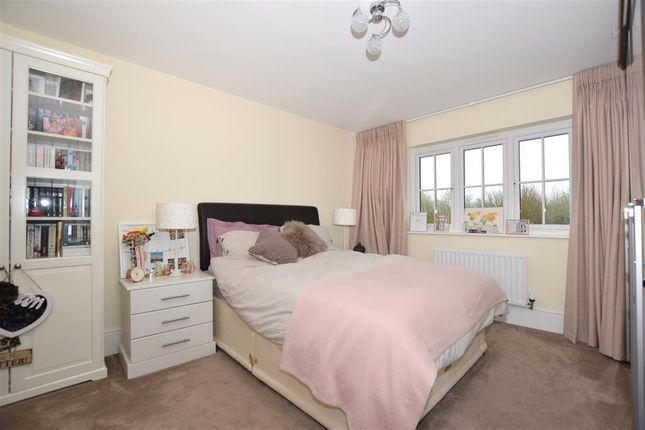 Bedroom 2 of Quarry Road, Ryarsh, West Malling, Kent ME19