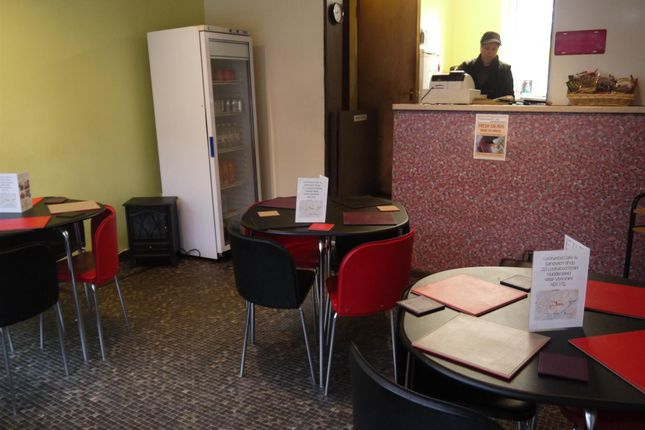Photo 1 of Cafe & Sandwich Bars HD1, West Yorkshire